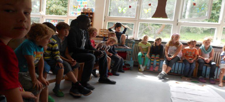 Unterricht in afrikanischer Kultur an der französischen Schule in Tübingen – Video